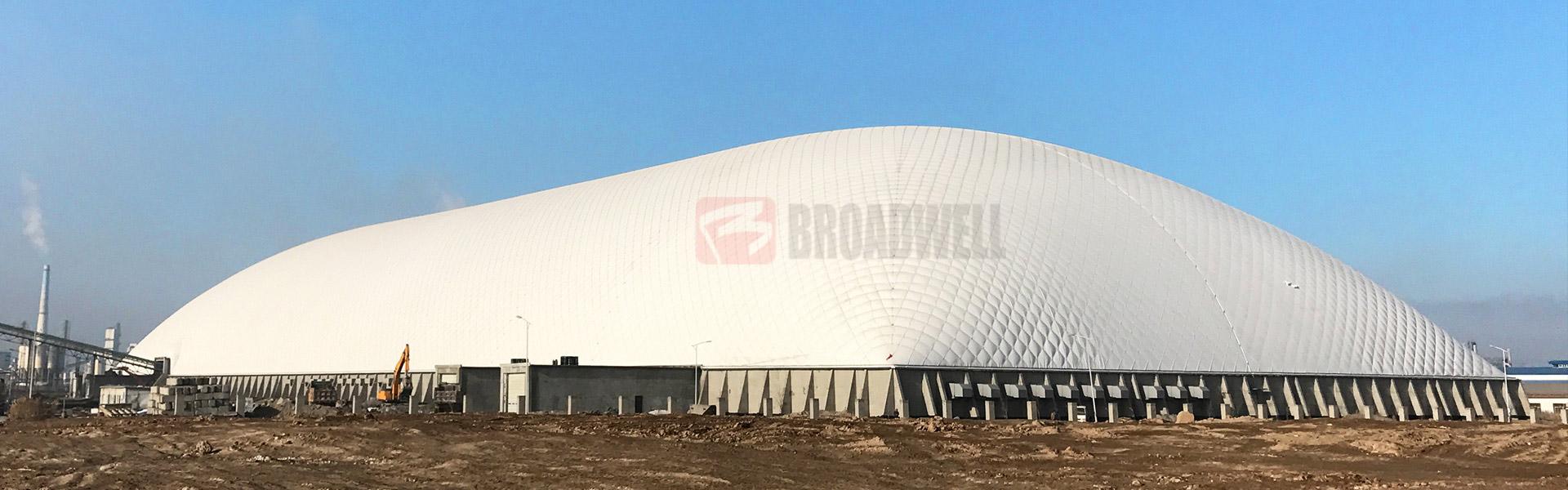 世界最大跨度水泥工业原料气膜棚——天山股份气膜水泥原料棚